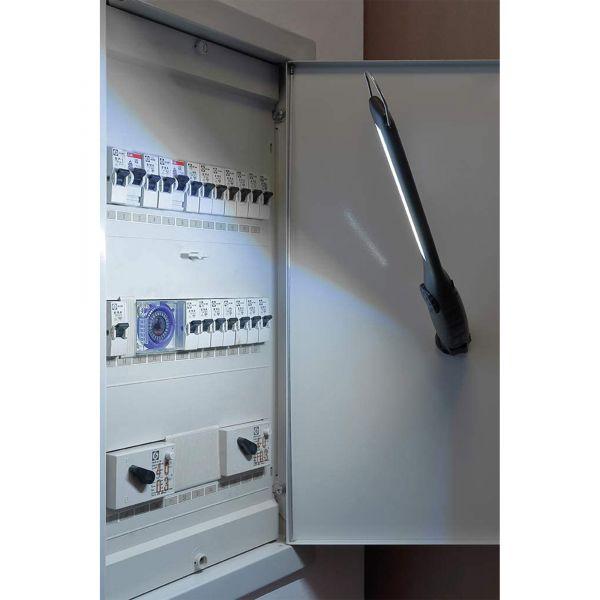 LED Akku Arbeitsleuchte mit Magnetfuß Leistung 5W